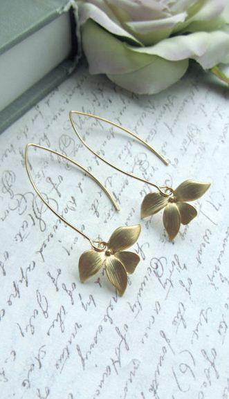 orchid flower earrings. gorgeous!