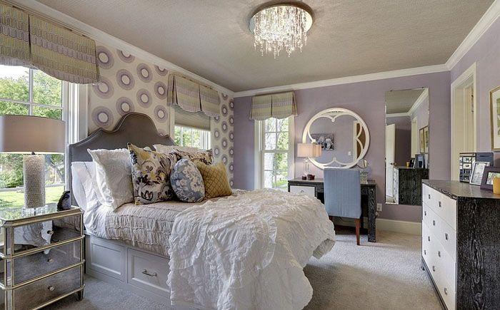 Стильная женская спальня