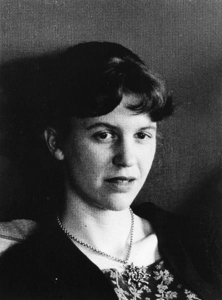 "Sylvia Plath (1932-1963), United States / Etats-Unis - ""If the moon smiled, she would resemble you. You leave the same impression Of something beautiful, but annihilating."" S. Plath"