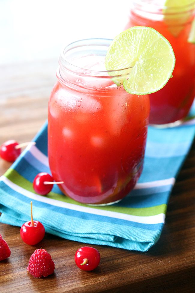 Raspberry and Cherry Bourbon Lemonade - but can be made without the alcohol! SO GOOD! From @kitchenmagpie