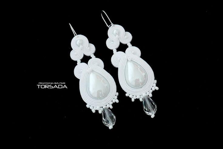 TORSADA - sutasz ślubny, kolczyki ślubne sutasz, białe kolczyki, długie kolczyki, soutache earrings, wedding earrings,koronka, gipiura, dekold, hand made