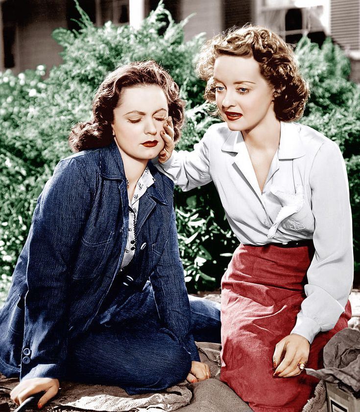 DARK VICTORY, from left Geraldine Fitzgerald, Bette Davis, 1939