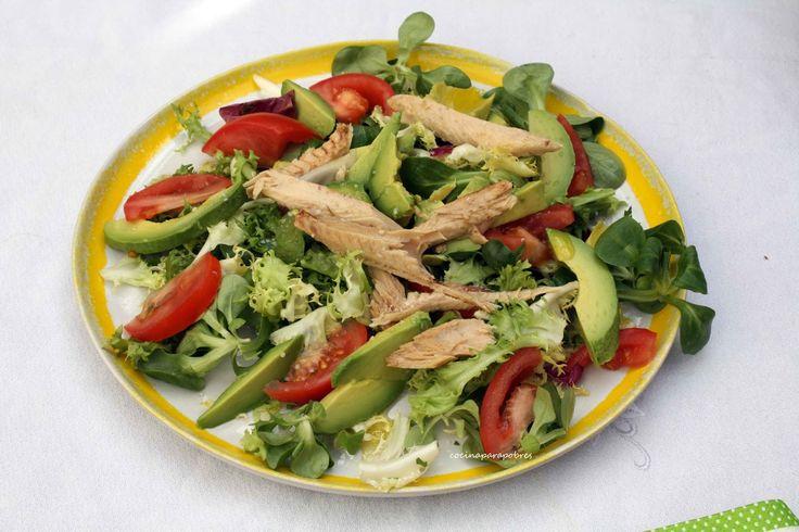 Cocina para pobres: Ensalada con limón encurtido, aguacate, melva y tomate