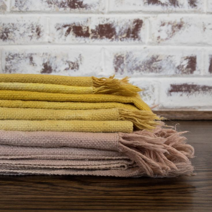 Natural Dye Hand Towels $35 | Living Threads Co. Woven on foot looms in Nicaragua and naturally dyed using avocado pits and turmeric.  www.livingthreadsco.com
