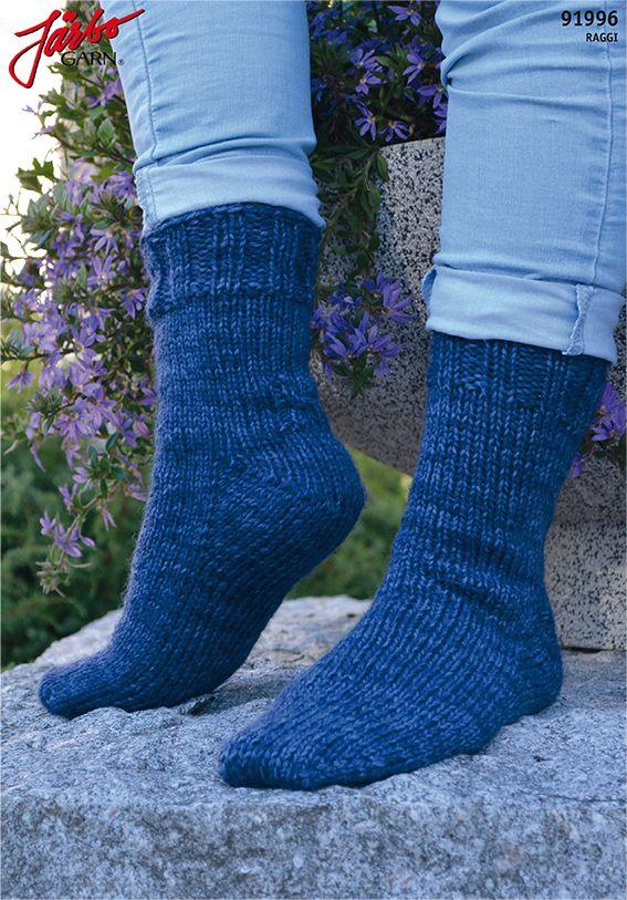Toe-up socks with Fleegle Heel in our Raggi.