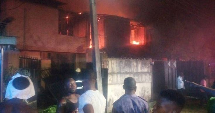 Fire on Friday night gutted three duplexes on 34 Road B Close of Gowon Estate Federal Housing Authority (FHA) Egbada the News Agency of Nigeria (NAN) reports.  NAN additionally reports that there was no loss recorded in the inferno.  An observer who addressed NAN said that the fire was first seen at around 7.15pm in one of the duplexes before spreading to others.  He said that a tenant in one of the duplexes who had quite recently returned opened the entryway and met the seething flame…