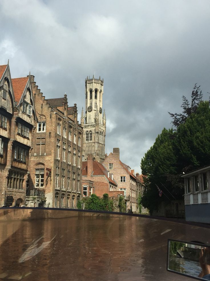Bruges' canals