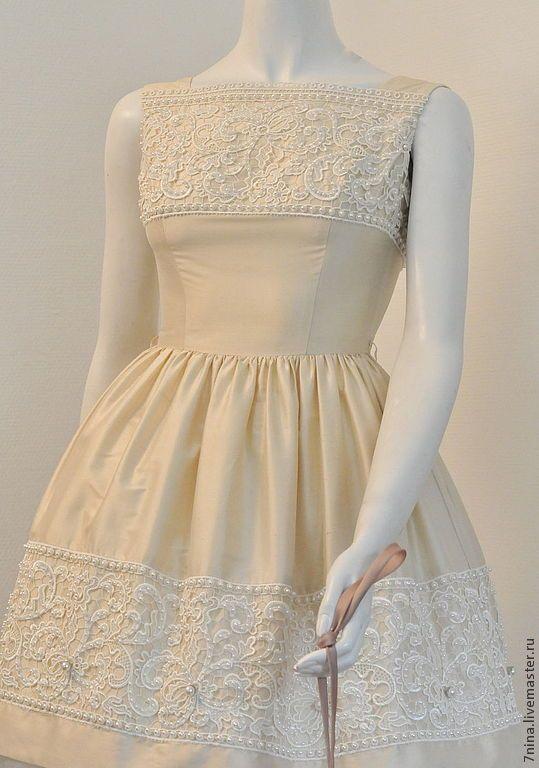 Купить Шелковое платье - бежевый, однотонный, платье на выпускной, шёлковое платье, натуральный шелк, кружево