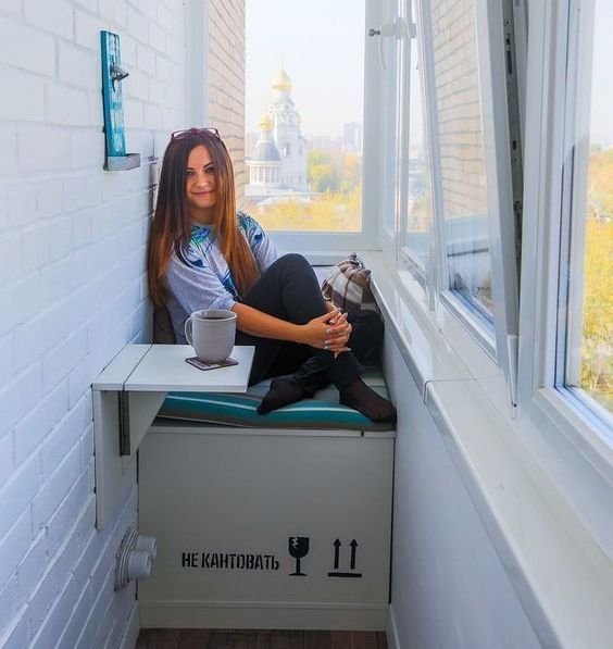 Балкон — это важная и полезная часть квартиры. Как им распорядиться - дело каждого, мы же собрали воедино реальные примеры людей, у которых мы побывали в гостях.: