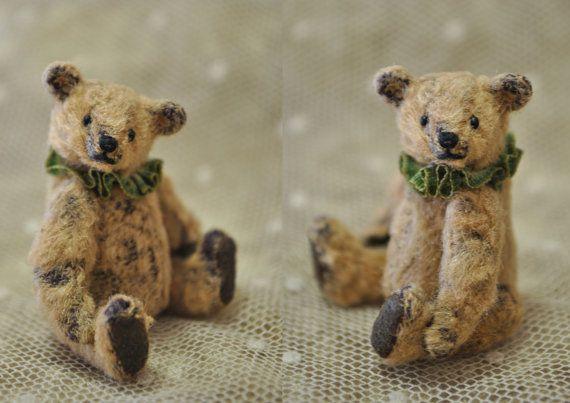 Clover miniature teddy bear artist by Junko by JunJunLittleBear, $90.00