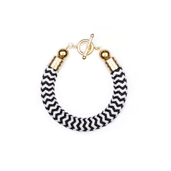 Rope bracelet. Black and white bracelet. by casseljewelry #fashion #handmadejewelry #handmade #jewelry #unique #design #casseljewelry #fashionjewelry #jewelrydesign #etsy #ShopEtsy #EtsyFinds #EtsyForAll