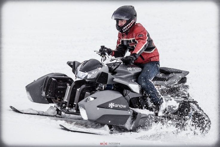Yamaha R1 Triazuma Snow | Lazareth  Thinking about Triazuma, Ludovic Lazareth's latest contraption, the biggest problem we have to tackle is defining which segment does this machine belong to. It has the heart onf a Yamaha YZSF-R1 on steroids, has been first transformed into a reversed trike-like four-wheeler, and now it also received skis, making it a snowmobile... technically.