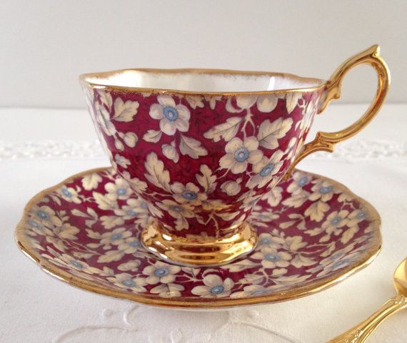 Plato y taza de té royal Albert Chintz por NicerThanNewVintage