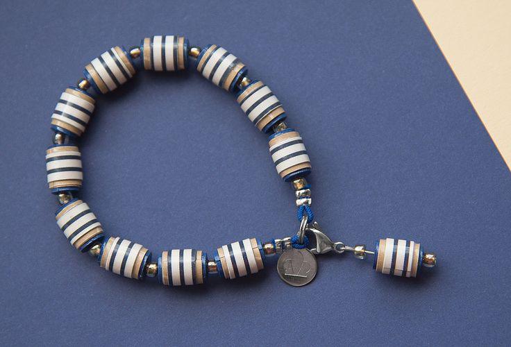 https://flic.kr/p/KAYDrg | Armband Gummi Charm Blau-Beige (31116)