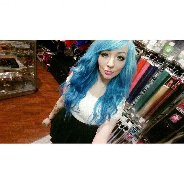 Tukkarakkaus ♥ - Hairlove ♥ #bluehair #turquoisehair #pastelhair #curlyhair #mermaidhair #ombrehair #hairextensions #clipon #hair #hairstripes #haircolour #eyelashes #makeup #alternative #piercing #labret #angelbites #septum #piercedgirls #tattoo #tattooedgirls #inkedgirls #selfiestick #cybershop #cybershopkamppi #kamppi
