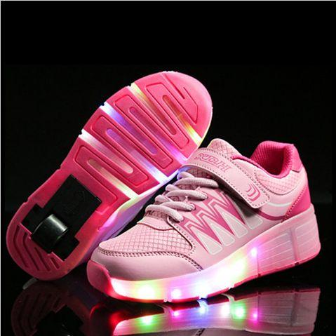 Роликовые кроссовки с подсветкой ✨ Мечта любого подростка! 😁 https://cash4brands.ru/050417visual-7/  💰 Начисляем кэшбек с этой покупки!