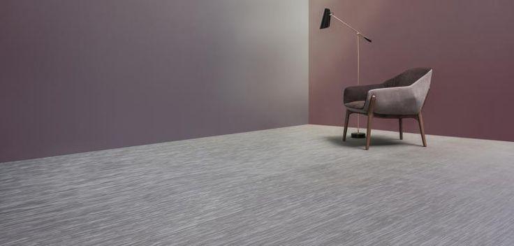 Šedý tkaný vinyl Fitnice, dodavatel podlahy BOCA. / Gray woven vinyl Fitnice.