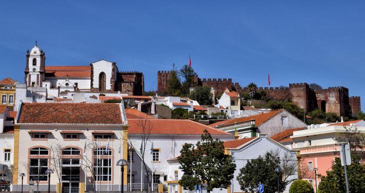 Silves. Catedral y castillo.