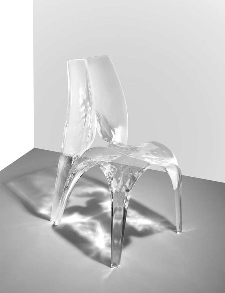 Zaha Hadid Chair 'Liquid Glacial', 2015 Acrylic L52.5 x D58.5 x H91.5 cm / L20.67 x D23.03 x H36.02 in Editions David Gill, limited to 12 sets of 12
