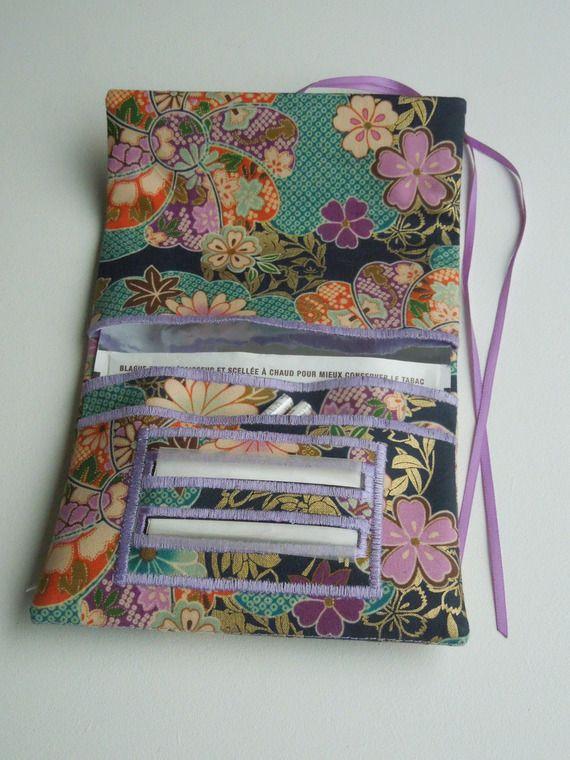 Blague à tabac / Pochette à tabac pratique en tissu japonais bleu vert motifs de fleur orange et violette