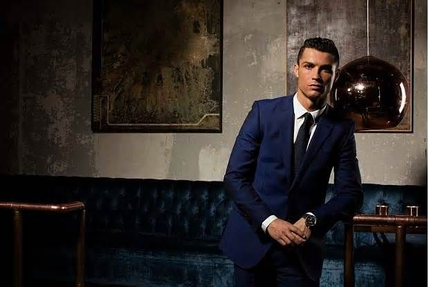 WOW!! Cristiano Ronaldo launches fragrance with the help from Jorge Mendes #cristiano #ronaldo #launches #fragrance #jorge #mendes