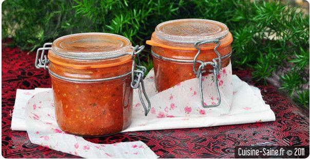 Ça y est la saison des tomates arrive à sa fin, on s'est régalé tout l'été il est temps de mettre ses belles saveurs en conserve pour en profiter encore cet hiver ! Aller hop une dernière cueillette et on y va avant que le froid n'arrive pour de bon ! Nous allons faire des …