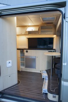 innova automotive campers en yachting oplevering fiat ducato 2015 buscamper maatwerk interieur