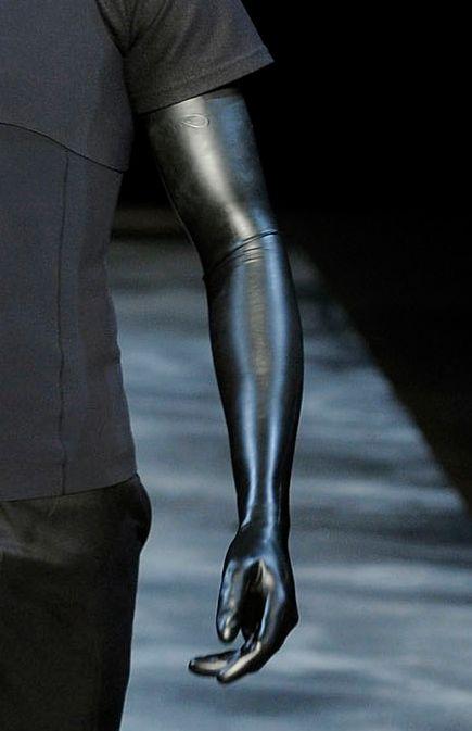 Full sleeve latex glove - Probably Mugler