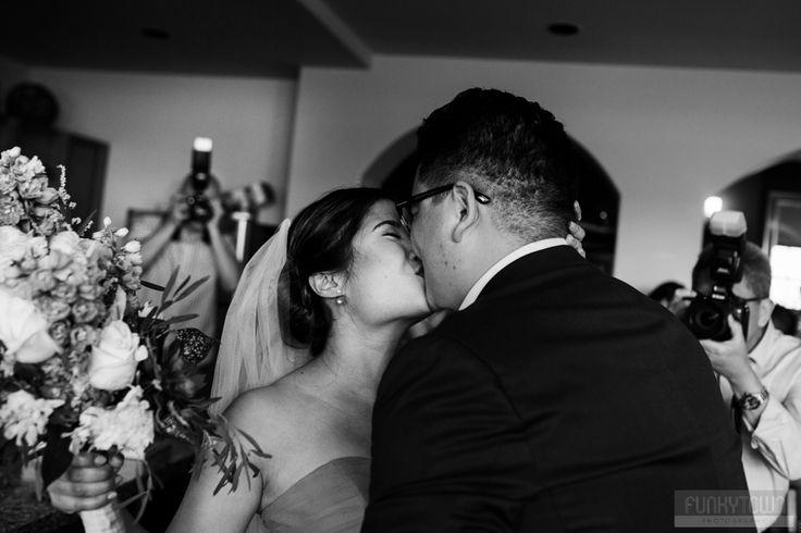 Photos of a wedding at La Casa Guest House in Kelowna