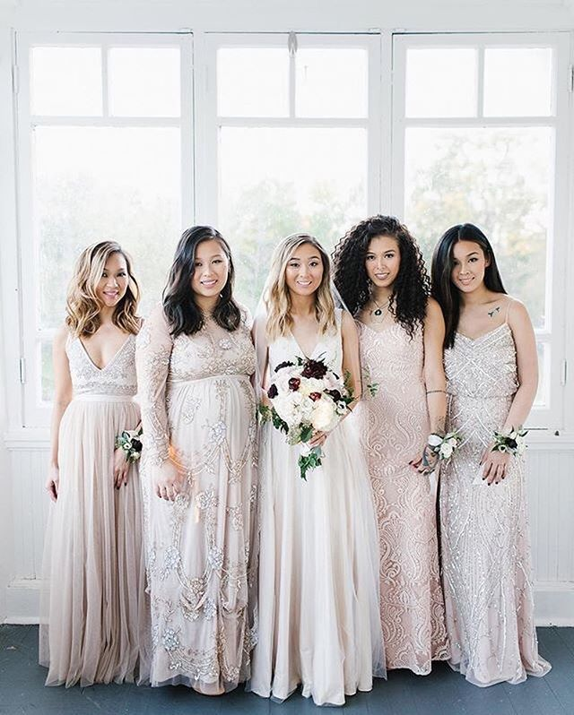 A vision of mix-n-match beauties ( rg: @jacquelineyvone by @lidiacodrean   link in bio to shop) #BHLDNbride