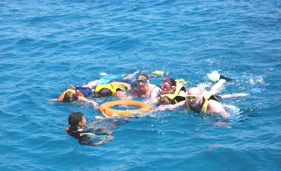 After your Nile cruise in Luxor you can go to Hurghada for Red Sea holiday http://www.travel2egypt.org/tours/luxor/ancient-egypt-and-the-red-sea-8422_88/