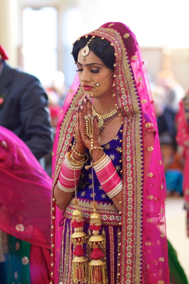 Sikh punjabi bride wedding ritual prayer south asian - Punjabi desi pic ...