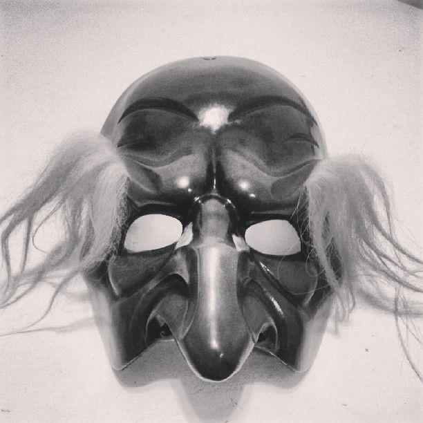 Una Zannata (Commedia dell'Arte)/ Primo studio, regia Flavio Albanese. Backstage - Maschera Pantalone #mask #blackandwhite #commediadellarte #theatre