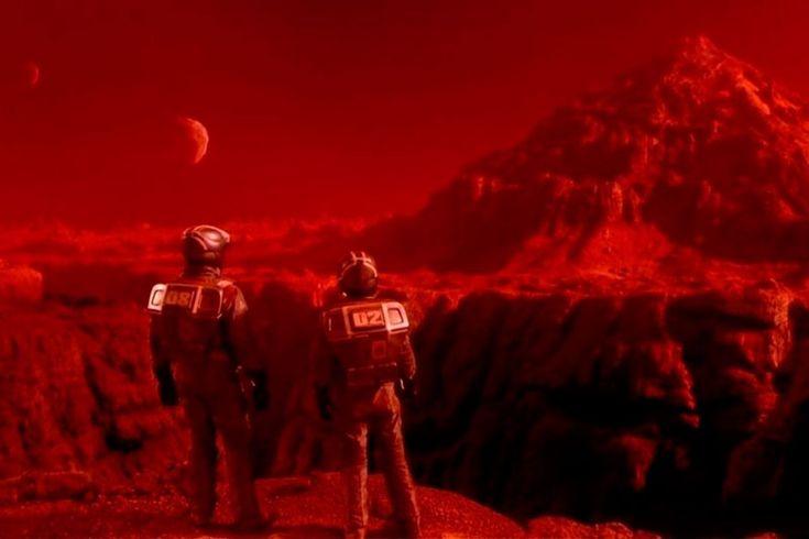 15 научных мифов в кино https://mensby.com/technology/tech/3647-science-myths-believe-movies  15 мифов, в которые вы, вероятно, верите, если регулярно смотрите кино и сериалы. В фильмах очень любят приукрашивать действительность.