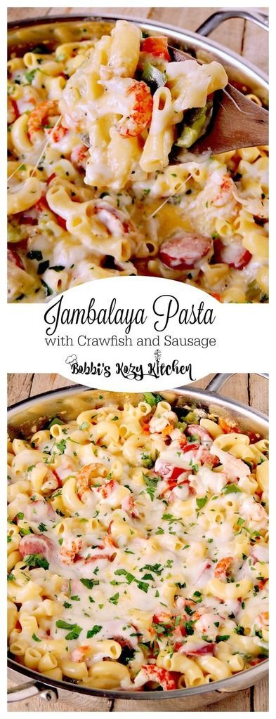 Jambalaya Pasta with Crawfish and Sausage gives you all of the authentic flavors of your New Orlean's fave, all wrapped in a cheesy pasta dish from www.bobbiskozykitchen.com @Zatarains #SundaySupper