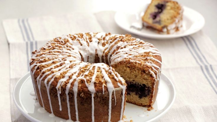 Blueberry Buttermilk Muesli Coffee Cake
