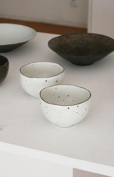 Tetsuya Yamamoto - Cups #ceramics #Japanese_ceramics #pottery #Japanese_pottery #cup