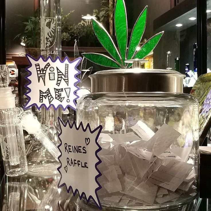 So many ballots! We've decided to draw the winner on Hallowe'en! Good luck to everyone who has purchased a ticket! Stay tuned for our Christmas themed raffle!    #bong #bongraffle #reinesglass #friendlystranger #thefriendlystranger #cannabis #cannabisculture #cannabiscultureshop #marijuana #weed #queenwest #queenstreet