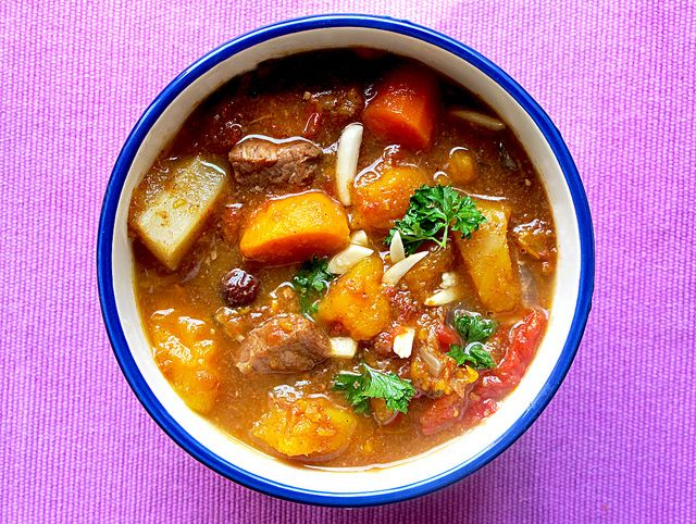 Awesome Moroccan beef stew, made in the crock pot. Autumn-y beef in a ...