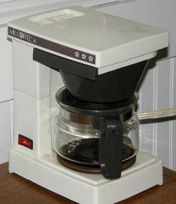 Best 25+ Clean coffee makers ideas on Pinterest Descale keurig, 2 cup coffee maker and Keurig ...