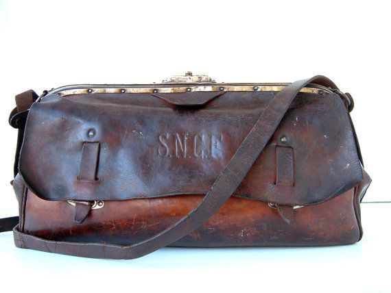 French vintage genuine leather SNCF train workers bag by Chanteduc