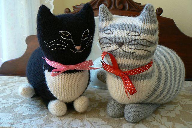 Ravelry The Parlor Cat Pattern By Sara Elizabeth Kellner