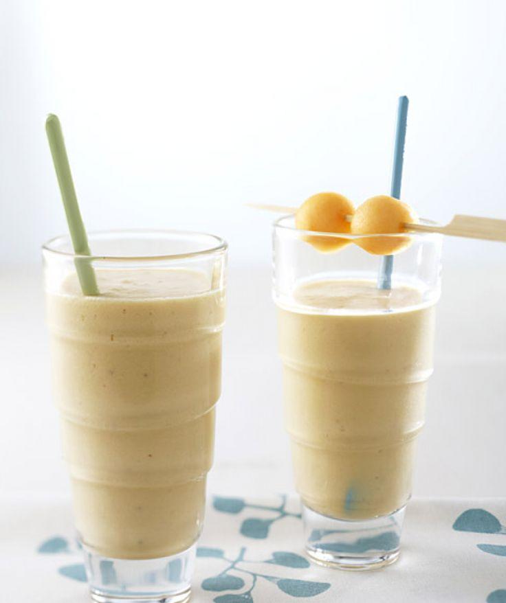 Rezept für Melonensmoothie bei Essen und Trinken. Ein Rezept für 2 Personen. Und weitere Rezepte in den Kategorien Milch + Milchprodukte, Obst, Getränke, Party, Kinderrezepte, Schnell, Vegetarisch, Smoothie, Alkoholfreies Getränk.