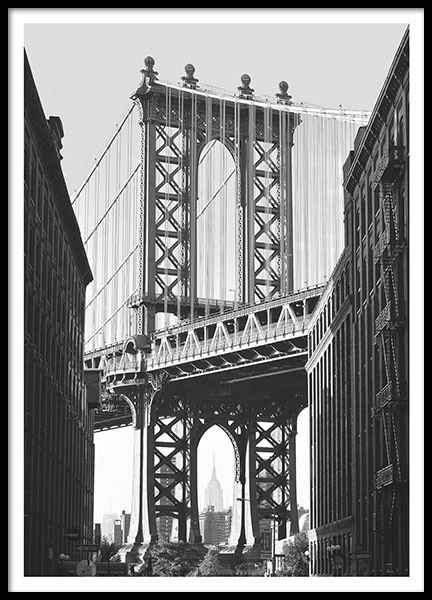 Poster with a photo of the Manhattan Bridge in New York. We have more prints of cities in our webshop. www.desenio.com
