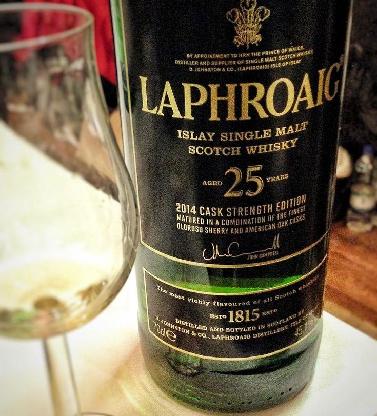 Laphroaig 25 2014 Cask Strength Edition that I tasted at 2014 @whiskyshow was one of the richest @Laphroaig expressions I ever had  #whiskywednesday #Laphroaig #Islay #viski #whisky #whiskey #singlemalt #bourbon #burbon #scotch #scotland #viskitadimi #maltingunu #meleklerinpayi #whiskyporn #whiskylove #whiskygram #InstaLike #InstaDram #whiskytasting #bugunviskim #viskisever #viskitutkunlari #slainte #viskilerim #whiskymagazine #whiskyshow