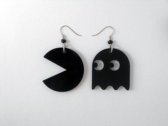 Negros pendientes de Pac-man láser corte plexiglás por muchoshop