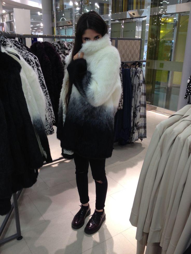Ouibaby.tumblr.com loves pretty fashion.