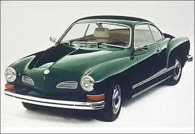 Volkswagen Karmann Ghia História: No início dos anos 1950 a Volkswagen produzia apenas o Fusca e a Kombi, típicos carros pós gu...
