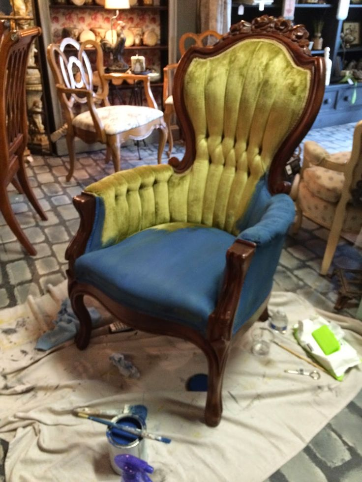 How to Paint Velvet Chairs with Chalk Paint by Annie Sloan at Maison Decor