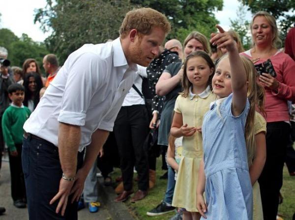 Pangeran Harry Dilamar Anak 6 Tahun yang Ingin Jadi Princess